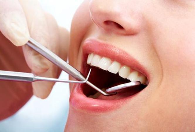 Suýt chết vì sốc phản vệ khi nhổ răng - 1
