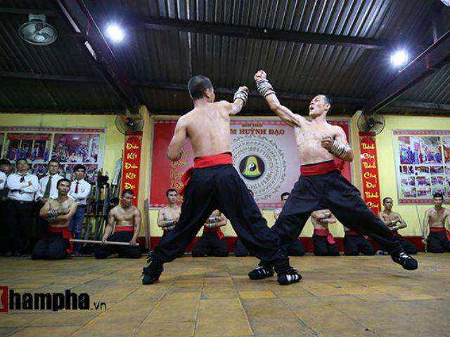 Cao thủ Nam Huỳnh Đạo luyện công, tiếp chiêu võ sư Vịnh Xuân như thế nào?