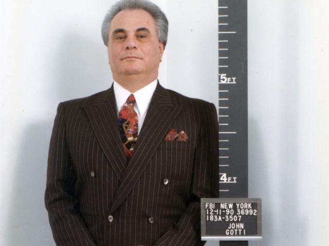 """Trùm mafia khét tiếng nhất nước Mỹ: Sống trong """"oanh liệt"""", chết trong tù tội"""