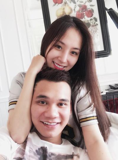Khắc Việt nói điều bất ngờ sau khi đính hôn với DJ nóng bỏng - 1