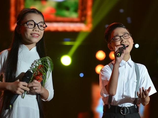 """Cậu bé Thị Mầu hát bolero quá ngọt vẫn bị Dương Triệu Vũ """"bắt bẻ"""""""