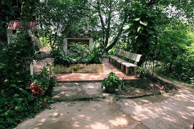 Bí ẩn ngôi miếu thờ hai thiếu nữ ở bãi giữa sông Hồng - 1