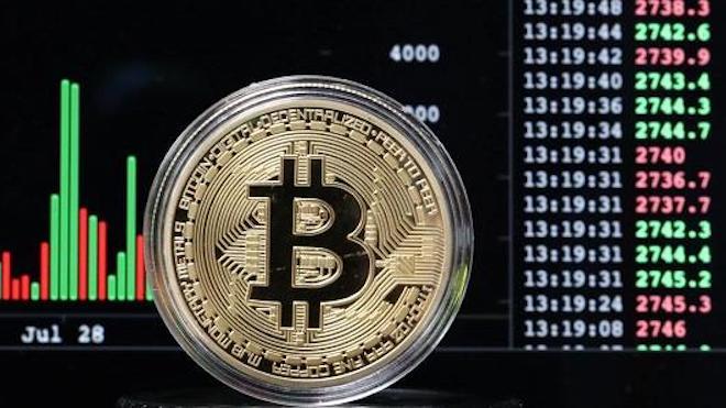 Sốc: Đồng tiền Bitcoin vượt ngưỡng 4.000 USD - 1