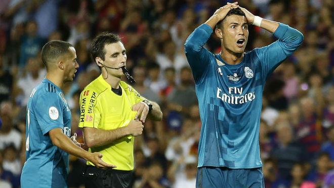 Lượt về siêu cúp Real - Barca: Zidane nghi có chiến dịch chống lại Ronaldo - 1