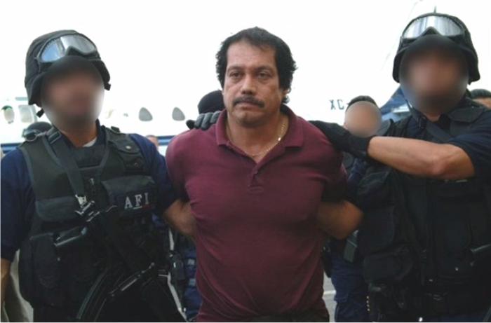 """Cuộc đời tướng cướp huyền thoại Mexico: Khi người hùng """"nhúng chàm"""" - 1"""