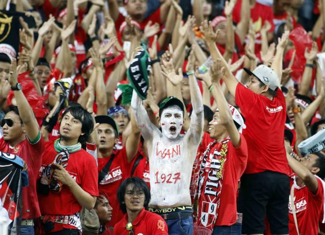 """""""Messi U22 Indonesia"""" và pha ăn mừng đốn tim"""