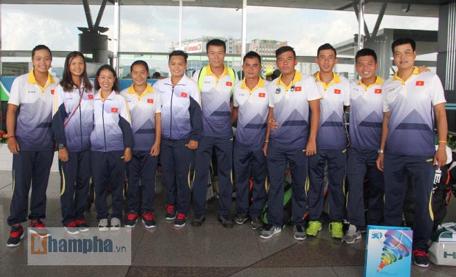 """Hoàng Nam được thưởng nóng, quyết """"gom"""" HCV tennis SEA Games 29 - 1"""