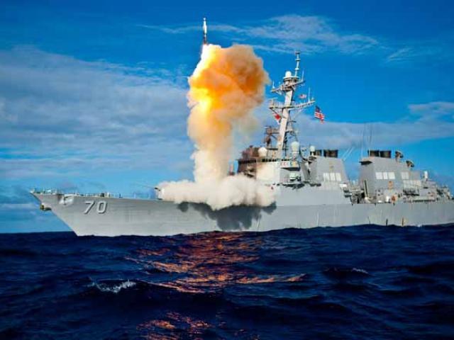 Lộ diện kẻ thù lớn nhất khiến Mỹ vừa mất hai tàu chiến