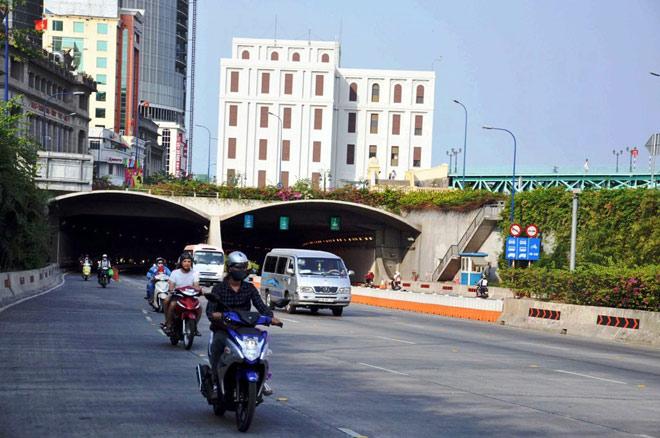 """Kỳ lạ trạm thu phí ở Sài Gòn suốt 6 năm """"thu"""" 0 đồng - 1"""