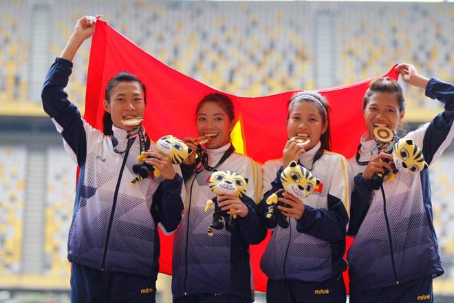 """4 hot girl """"ngàn năm có một"""" điền kinh VN: Ăn ở nhờ, thắng Thái Lan - 1"""
