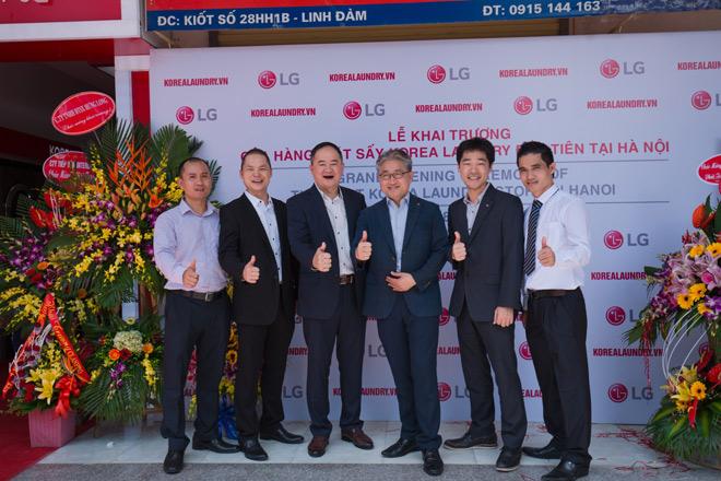 Công nghệ giặt sấy tự động Hàn Quốc đã có mặt tại Hà Nội - 1