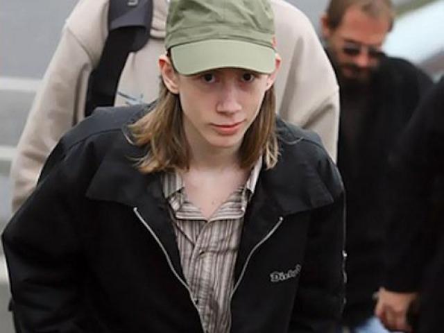 Chân dung trùm tin tặc 18 tuổi thoát án tù vì quá giỏi