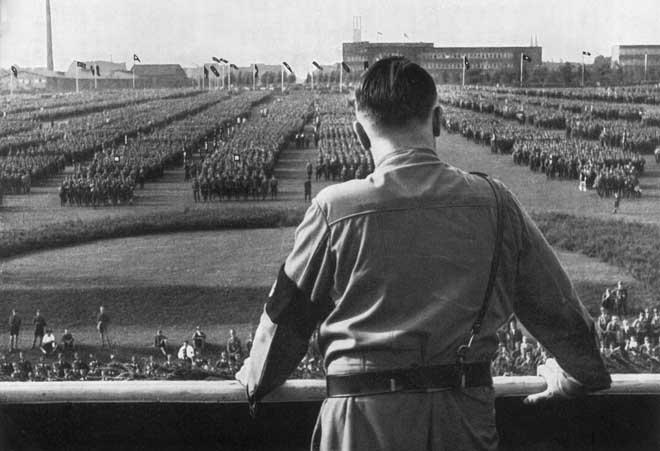 5 vũ khí đáng sợ nhất của Hitler khiến quân đồng minh liểng xiểng - 1