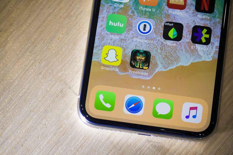 """Những tính năng iPhone X có trang bị nhưng iPhone 8 thì """"bó tay"""" - 1"""