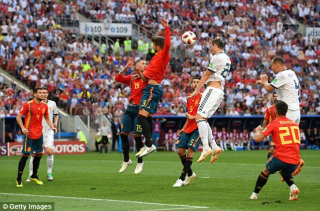 """Kết quả bóng đá Tây Ban Nha vs Nga: Sai lầm khó ngờ, người hùng loạt """"đấu  súng"""""""