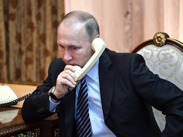 World Cup: Cuộc điện thoại của Putin trước trận Nga đánh bại TBN