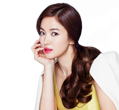 Cách mặc để tăng 10cm chiều cao của Song Hye Kyo - 1