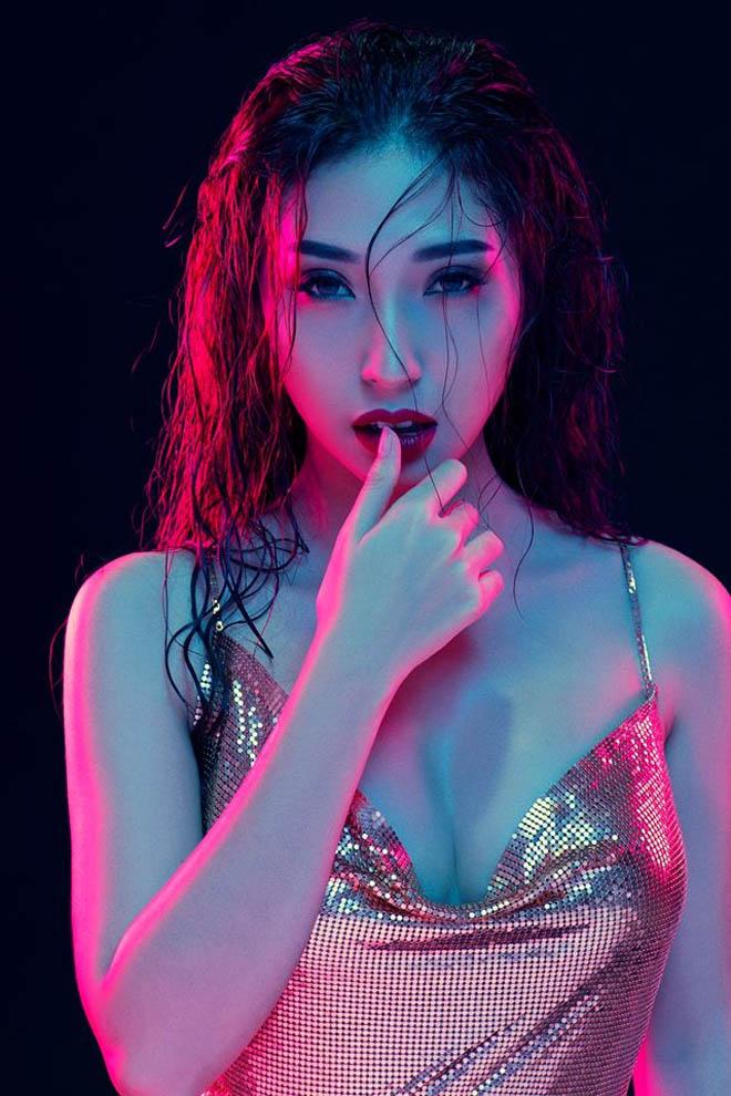 """Ngỡ ngàng bạn gái Ngô Kiến Huy """"lột xác"""" thành biểu tượng gợi cảm - 1"""