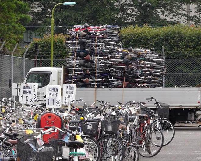 Xe đạp Nhật bãi - hiểm họa từ phế thải - 1