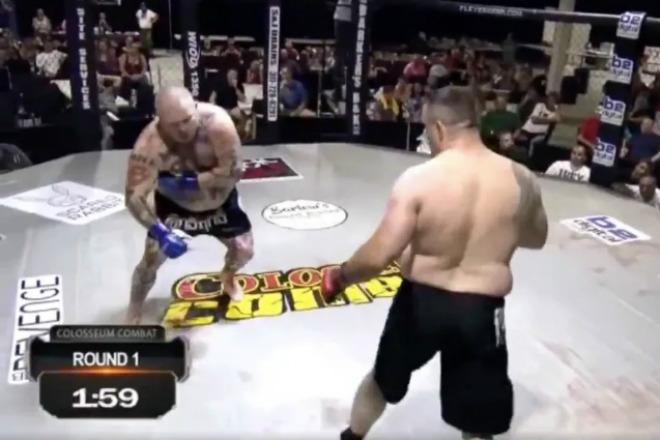 """Hy hữu UFC: Đè đối thủ đấm """"sấp mặt"""", bỗng đau tim dừng cuộc chơi - 1"""