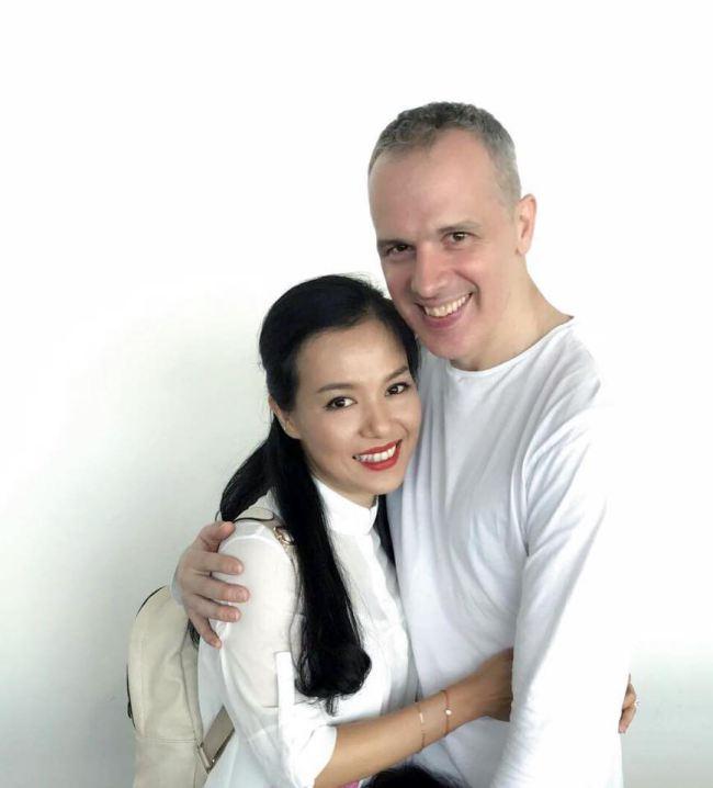 Lý Thanh Thảo cưới chồng Tây sau 5 năm chung sống và sinh con - 1