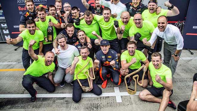 """Đua xe F1: """"Nhà vua"""" gục ngã, niềm vui chia đều cho phần còn lại - 1"""
