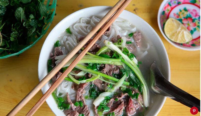 Phở Việt đứng đầu danh sách những món súp ngon nhất thế giới - 1