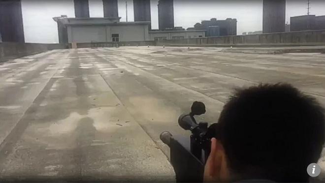 """TQ: Công bố video súng """"AK-47 laser"""" thiêu cháy mục tiêu - 1"""