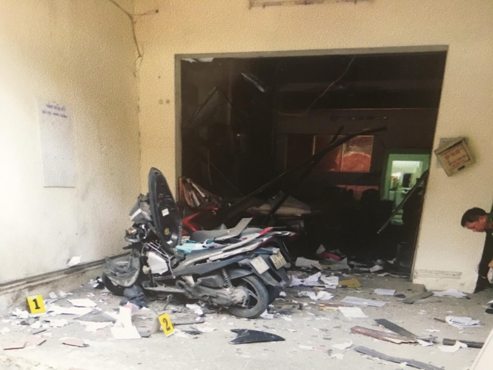Vụ nổ ở trụ sở công an: Nhiều nhà riêng lãnh đạo nằm trong mục tiêu của khủng bố - 1