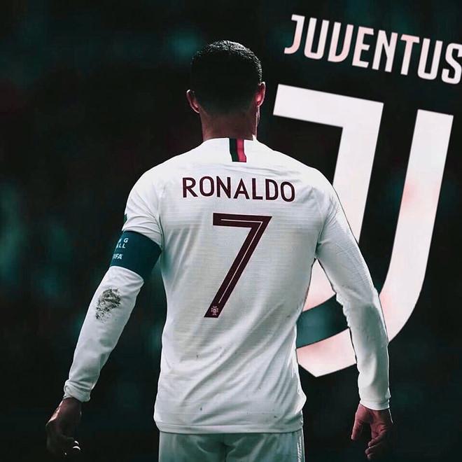 """Góc khuất bom tấn chuyển nhượng: Ronaldo """"tình tay ba"""" MU-PSG-Juventus - 1"""