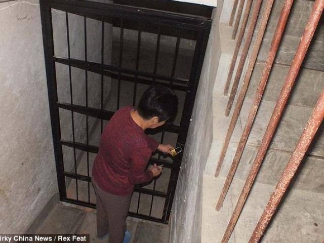 Kinh hãi hầm ngầm của gã đàn ông giam các cô gái để thỏa mãn thú tính