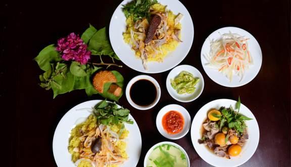 Những quán ăn có thâm niên trên 30 năm ở phố cổ Hội An - 1