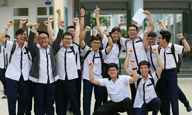 Điểm thi THPT quốc gia tại TP.HCM: Môn Văn có năm điểm 9 - 1