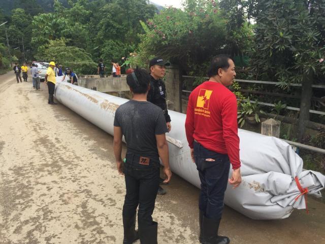 """Giải cứu đội bóng Thái Lan: Đường ống """"kì diệu"""" của tỉ phú Mỹ đã tới"""