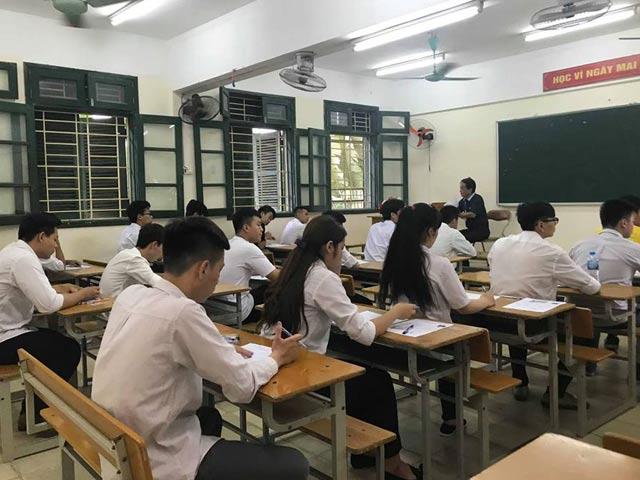 Sốc: Hơn 80% thí sinh dự thi môn Sử ở TP.HCM dưới điểm trung bình - 1
