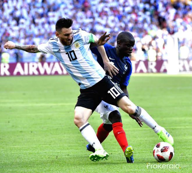 """Bán kết World Cup, Pháp - Bỉ: """"Siêu máy quét"""" Kante bỏ túi Messi - Suarez, Hazard có là gì - 1"""