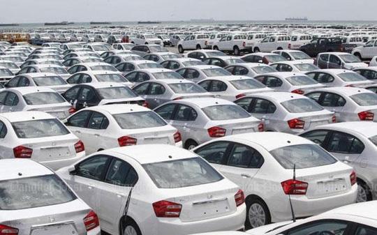 Thị trường ô tô đang dần sôi động - 1