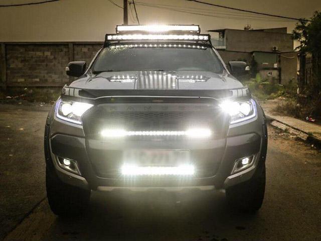 Phong trào gắn đèn LED bar trên xe ôtô có thật sự đáng lên án?
