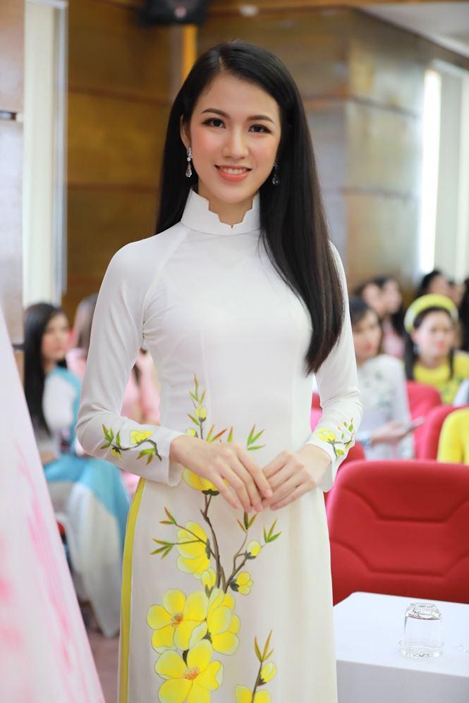 Tiết lộ về 2 BTV của VTV dự thi Hoa hậu Việt Nam 2018 - 1
