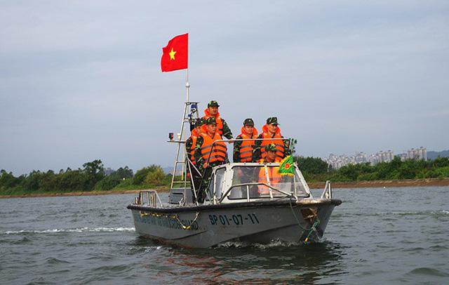 Sự thật về thông tin phóng viên và cảnh sát biển bị bắt giữ tại Quảng Ninh - 1