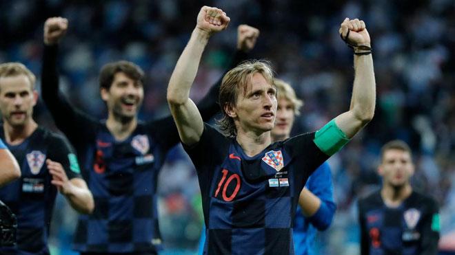 """Bán kết World Cup Anh - Croatia: Modric - Bi kịch của """"kẻ phản bội"""" bị ghét bỏ - 1"""
