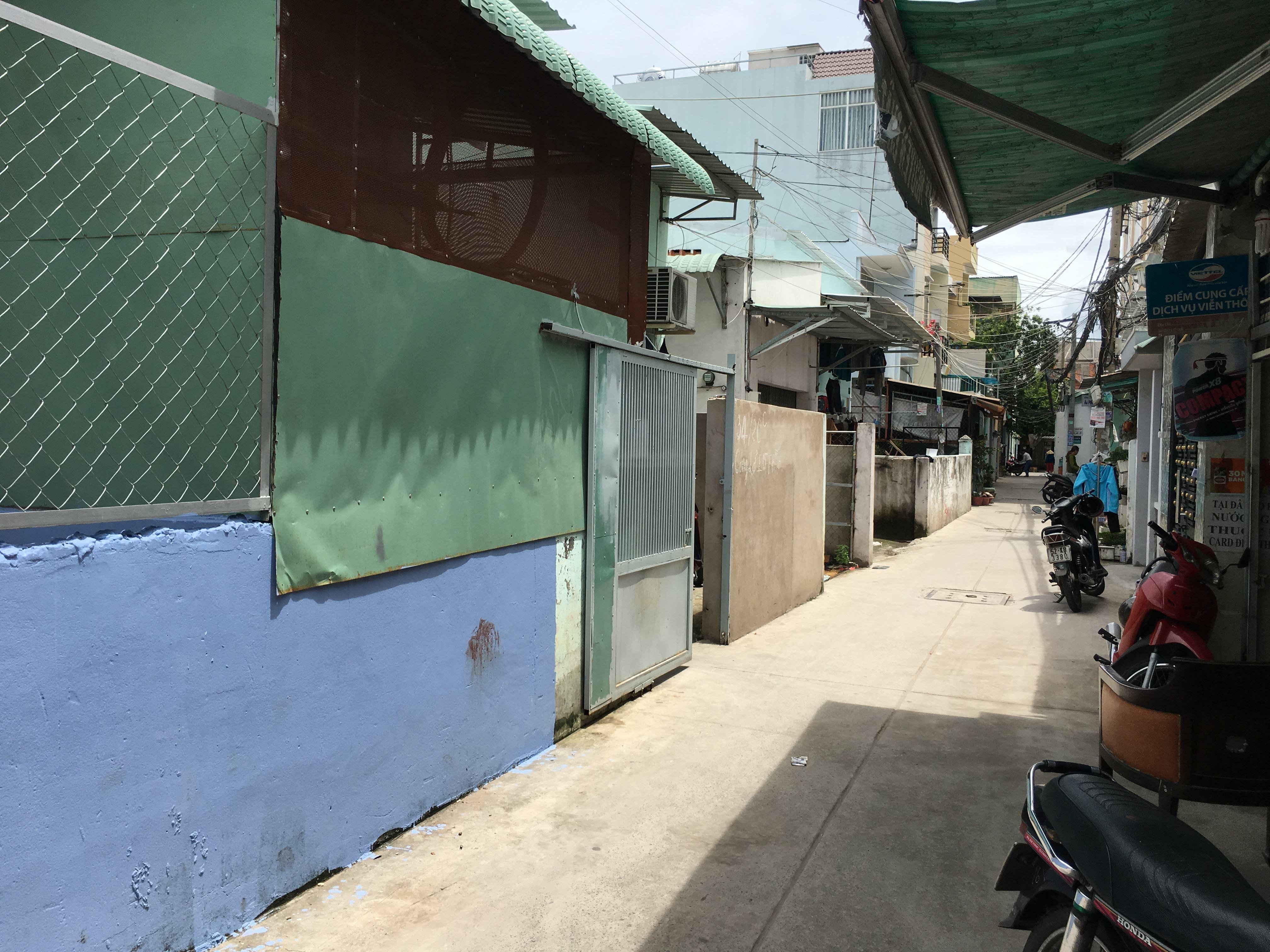 """Vụ hai cô gái bị bắn ở Sài Gòn: Nạn nhân nhiều lần bị người tình dọa """"xử"""" - 1"""