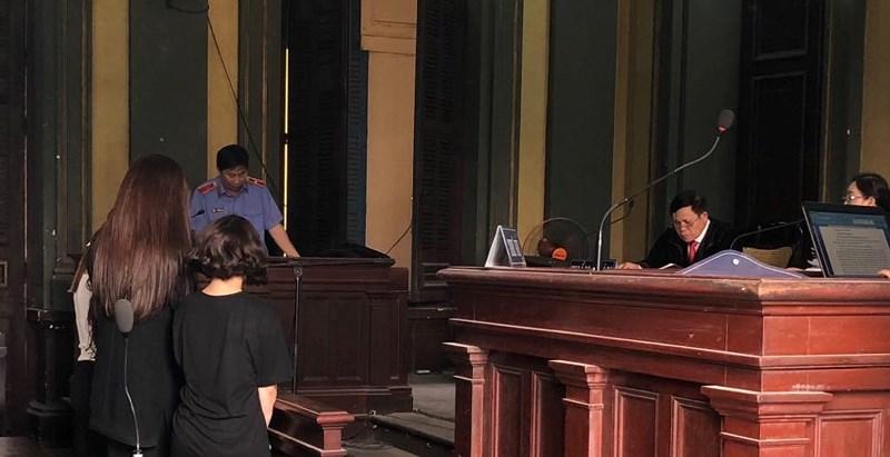 Diễn viên, hoa hậu môi giới mại dâm mang thai mong án treo - 1