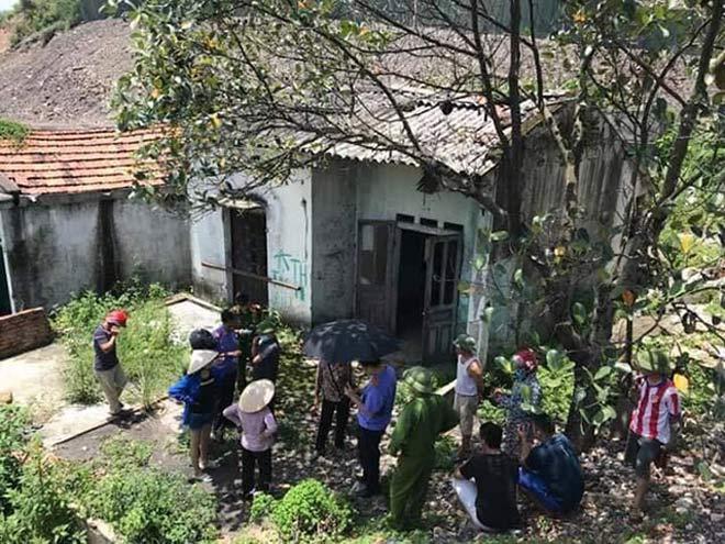 Phát hiện thi thể nam giới chết khô trong nhà hoang - 1
