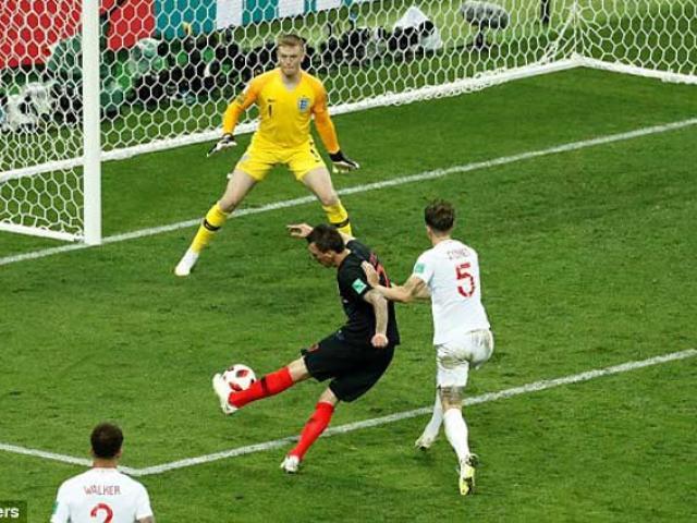 """""""Vua"""" hiệp phụ Croatia: Vào chung kết World Cup, """"chấp"""" Pháp 1 trận"""