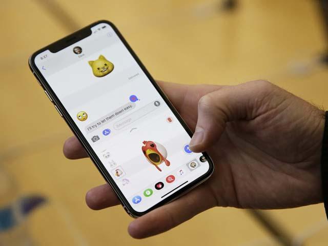 """iPhone X giá rẻ 2018 lộ diện với công nghệ """"độc"""""""