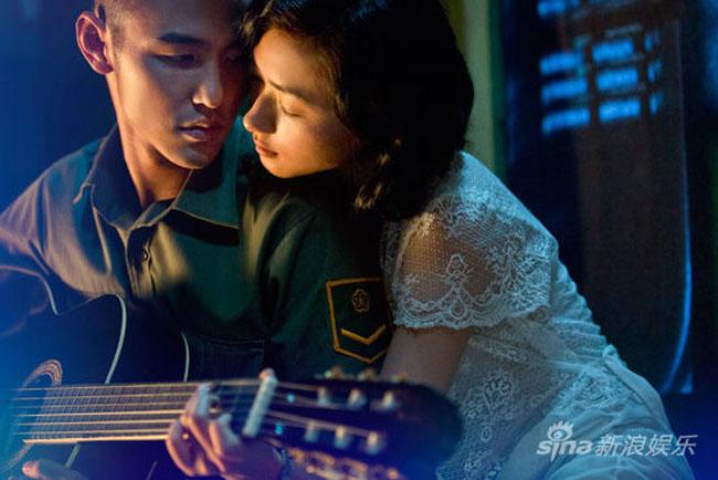 """Năm 2014, bộ phim """"Quân lạc trung viên"""" có sự tham gia của Nguyễn Kính Thiên, Trần Ý Hàm,... cũng thu hút không kém khi xoay quanh cuộc sống của các binh lính Đài Loan ở thời chiến."""