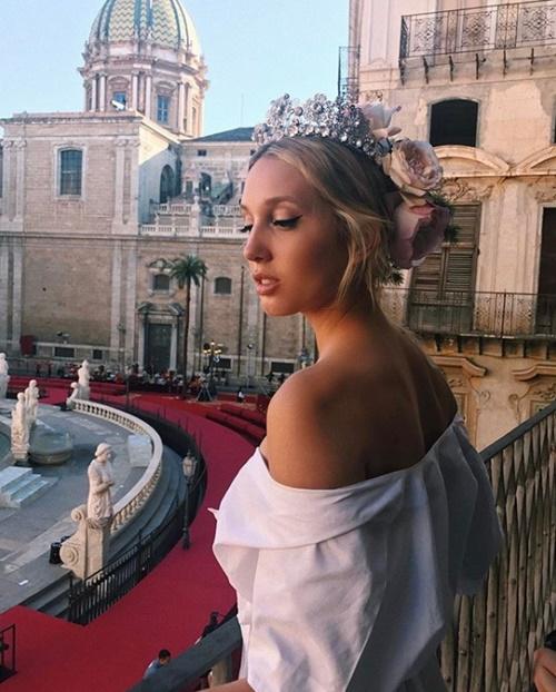 Gu thời trang đẹp mỹ mãn của công chúa Hy Lạp - 1