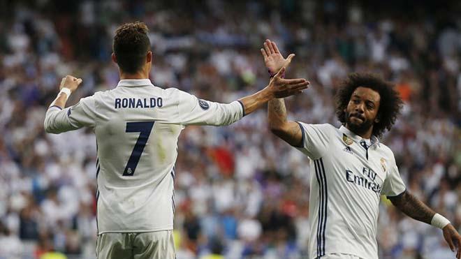 """Siêu """"bom tấn"""" Ronaldo: Vừa rời Real đã phản bội, xây dựng vây cánh VUA Juventus - 1"""