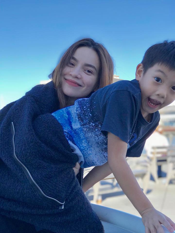 Hồ Ngọc Hà đột ngột hủy kết bạn với Kim Lý trên mọi mạng xã hội - 1